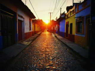 Mexico to Guatemala border crossing - Up at sunrise to catch our bus from San Cristobal de las Casas to Lake Atitlan