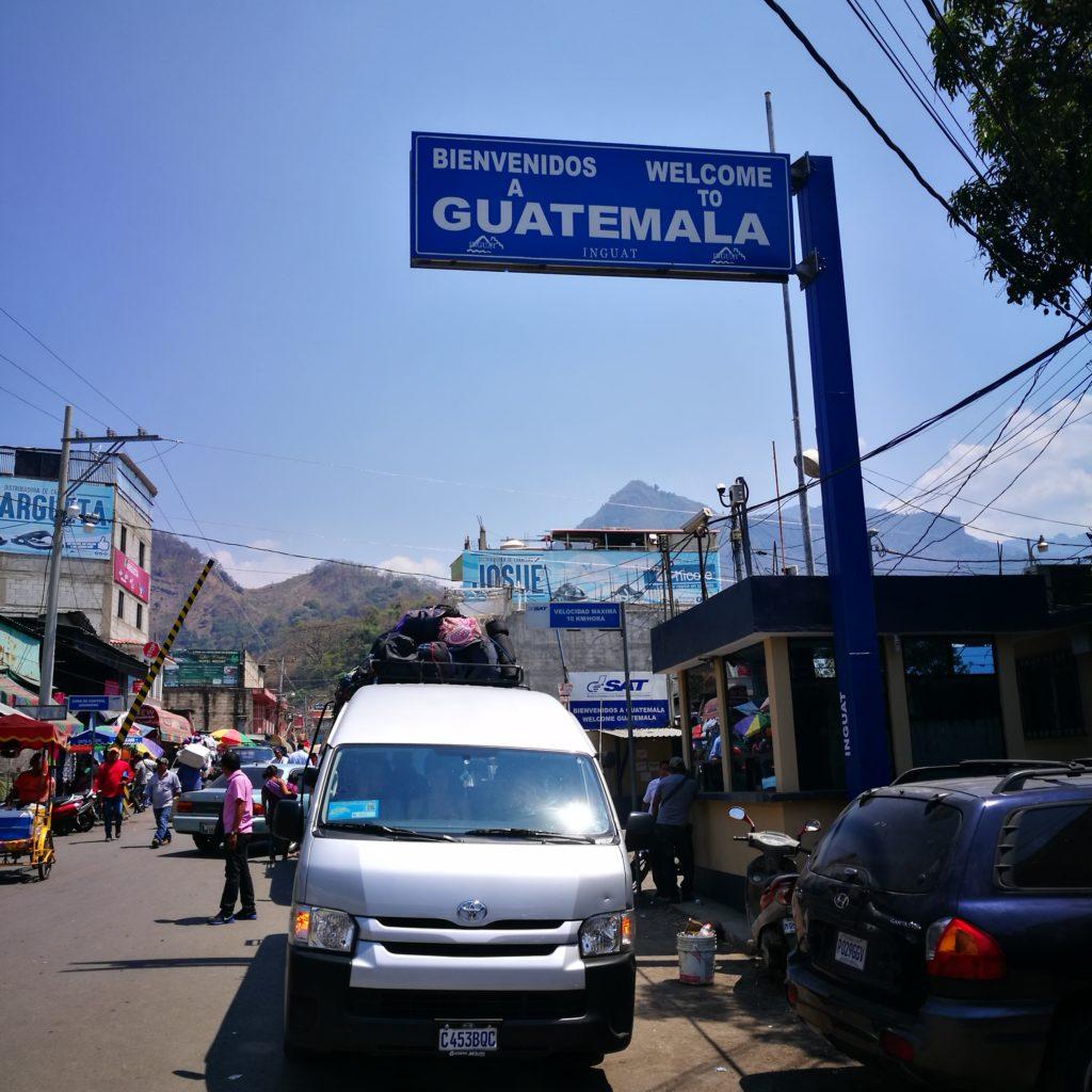 Border crossing Mexico to Guatemala - Our Mexican bus parked up at the Ciudad Cuauhtemo / La Mesilla - Mexico / Guatemala border