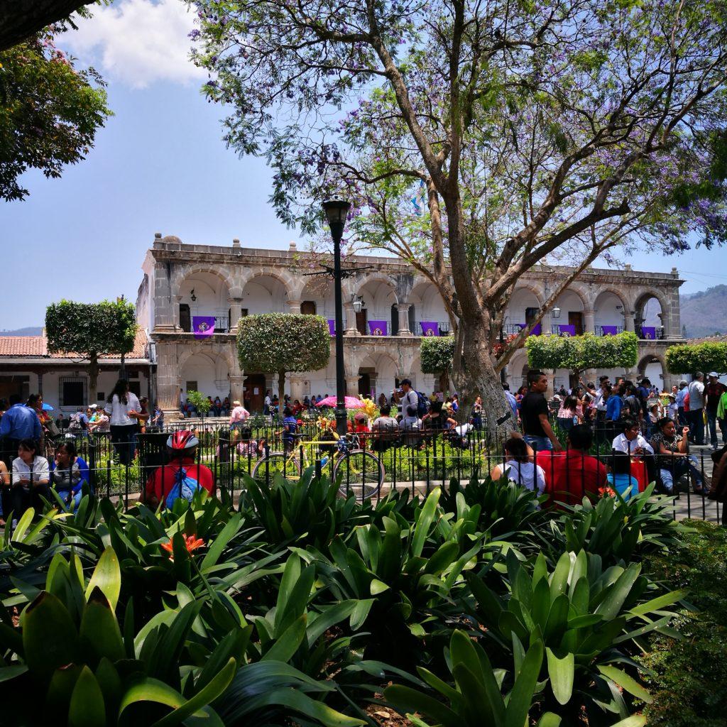 Destination Addict - Plaza Mejor, Antigua, Guatemala