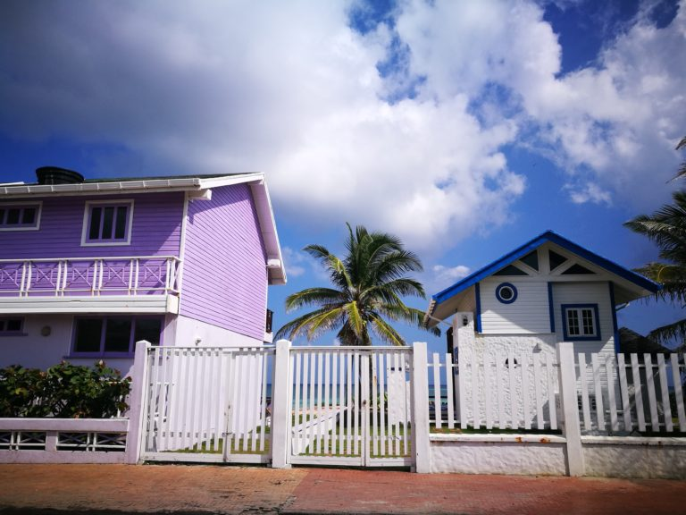 Destination Addict - San Andrés Island, Colombia - The Caribbean On A Budget!
